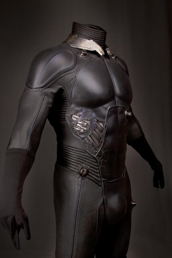 electros_suit7